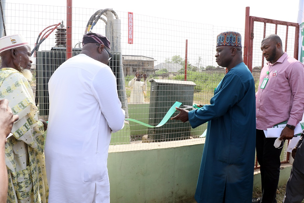 Official commissioning of the project by the Honourable Commissioner for Rural Development and Community Affairs, Osun State, Hon. Segun Olanibi.